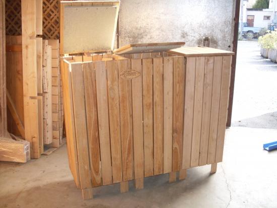 upcb ch taignier r alisation ch taignier poubelle de tri s lectif 3 bacs. Black Bedroom Furniture Sets. Home Design Ideas